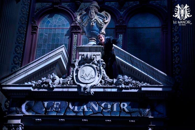 Entrada para a Manoir de Paris