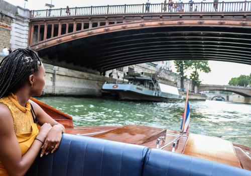 Localers - Seine River Luxury Cruise