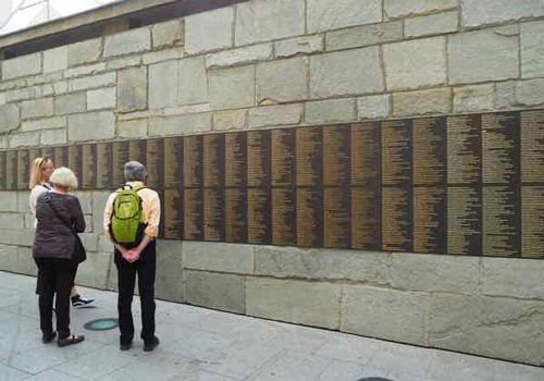 Localers - Paris WWII Private Tour